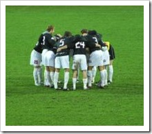 546556_soccer_players