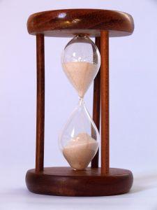 hourglass-3-708451-m (1)
